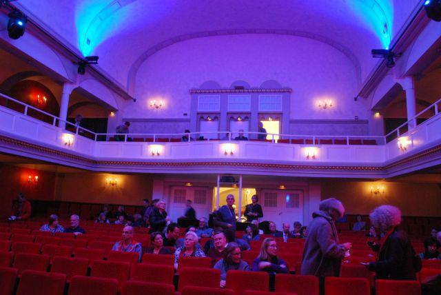 die Veranstaltung fand in der Volksbühne, auch bekannt als Millowitschtheater, statt