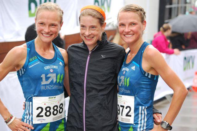 Lisa und Anna Hahner, n der Mitte Susanne Hahn