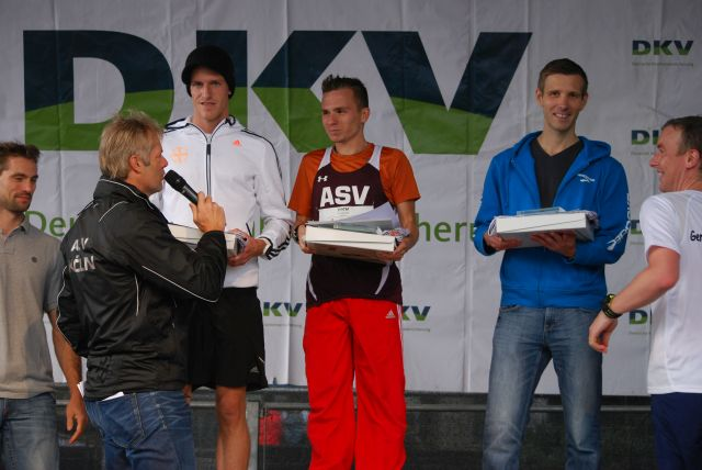 Siegerehrung der Männer. 2. Daniel Gruber1.Dominik Fabianowski 3. Dr. ChristianJohnen