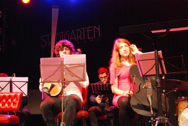 Gobra mit Elisabeth Fügemann, am Violoncello, die mir bei Phase::vier, schon begegnet ist