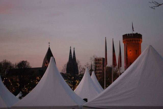 Hafen- Weihnachtsmarkt am Schokoladenmuseum